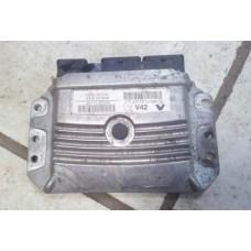 9-Блок управления двигателем Renault Duster 2.0 МКПП-237101414R-Valeo V42-237101414R